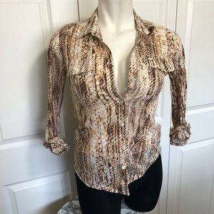 Lucky brand snakeskin print button up sz.M